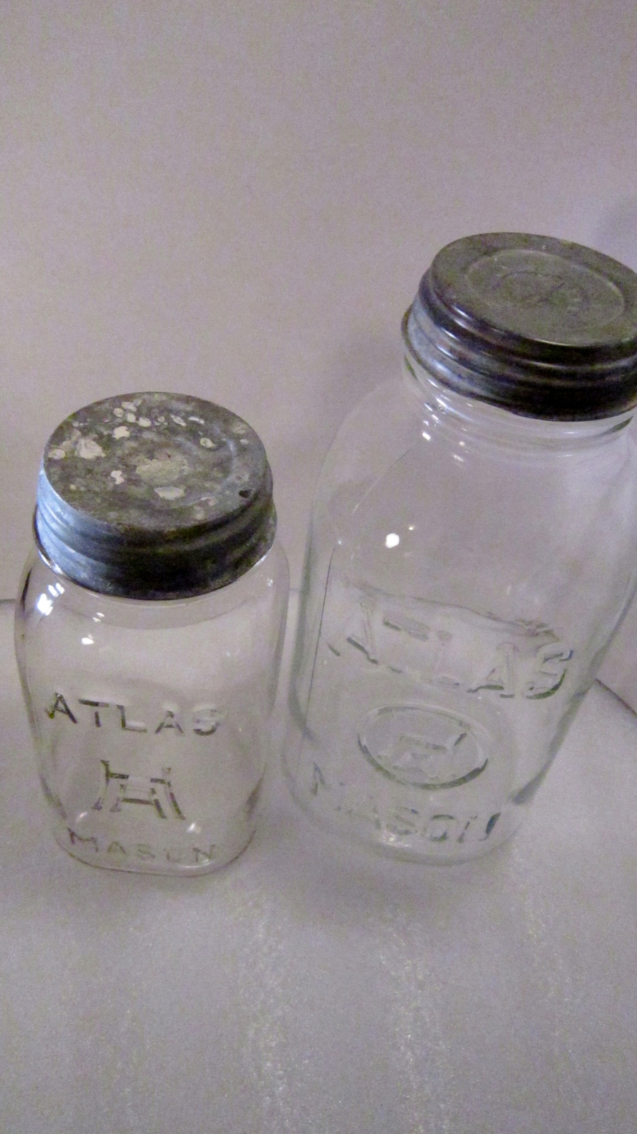 Classic Atlas Mason Jars: A Quick Guide for Collectors - The Old Timey