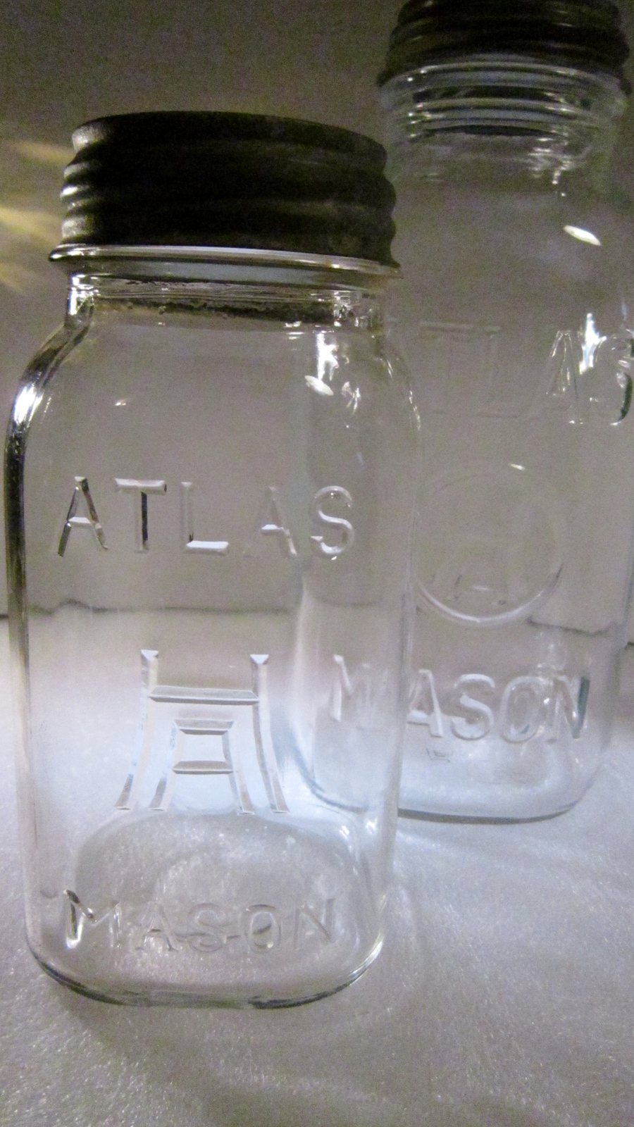 dating mason jars atlas A set of the most wonderful designs of atlas strong shoulder mason jar value published by team on september 24, 2017 at 10:55 am.