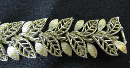 Vintage Signed Lisner Chunky Shiny + Satin Finish Gold Metal Leaf Link Bracelet - $9.89
