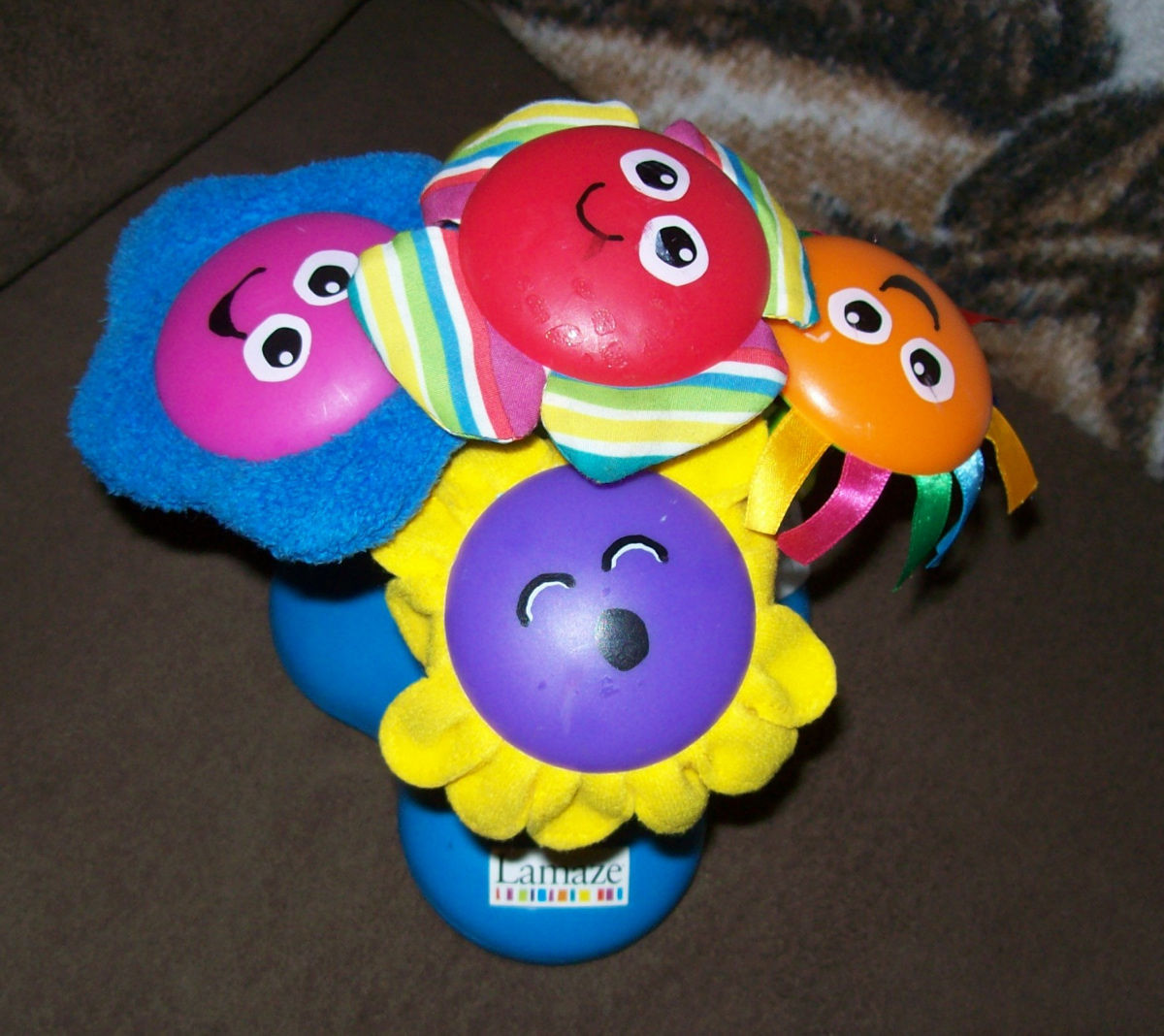 LAMAZE CHIME FLOWER GARDEN MUSICAL LIGHT UP FLOWERS INTERACTIVE BABY