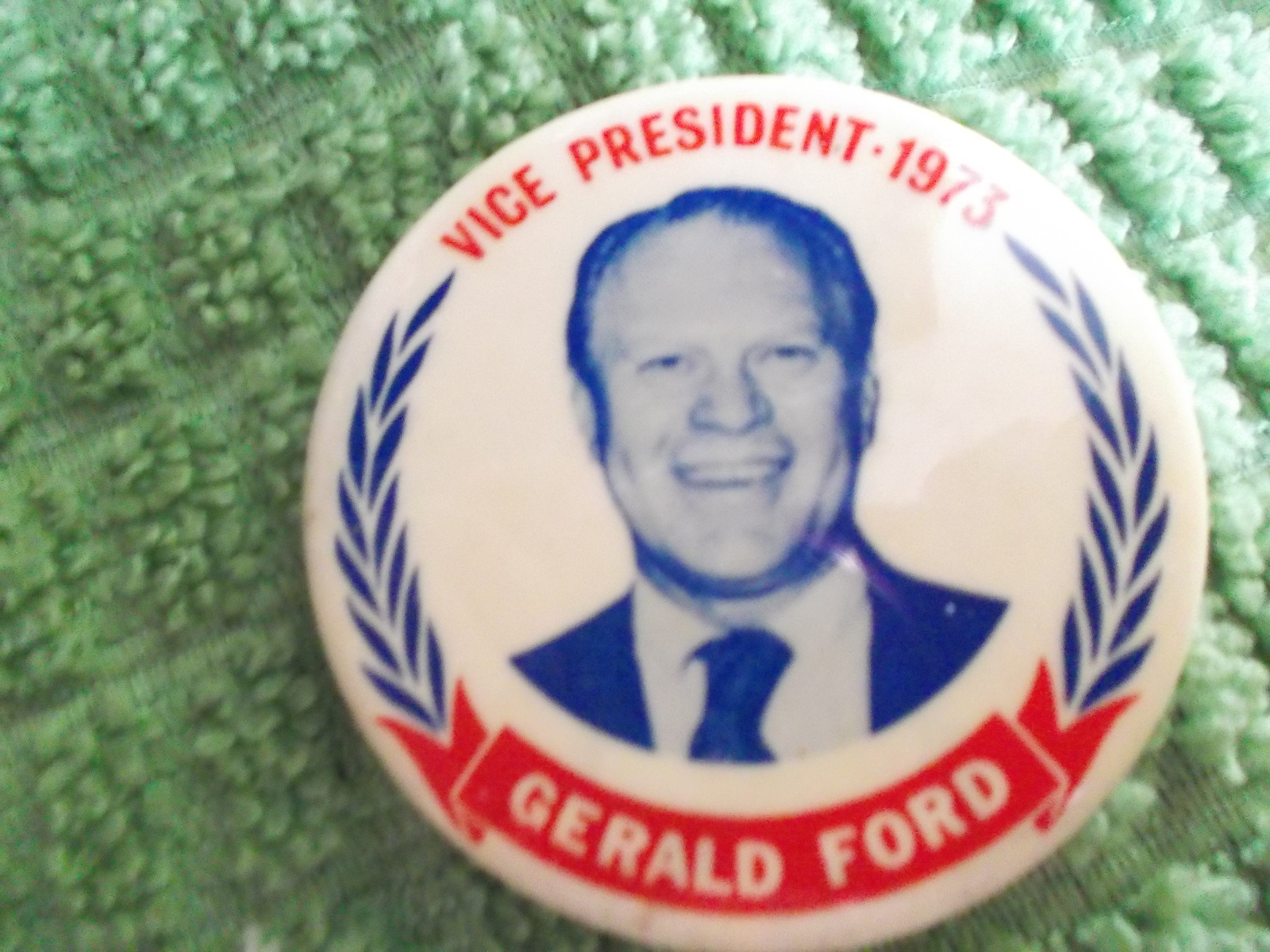 Primary image for Gerald Ford for VP 1973 Swearing In  Campaign Pinback