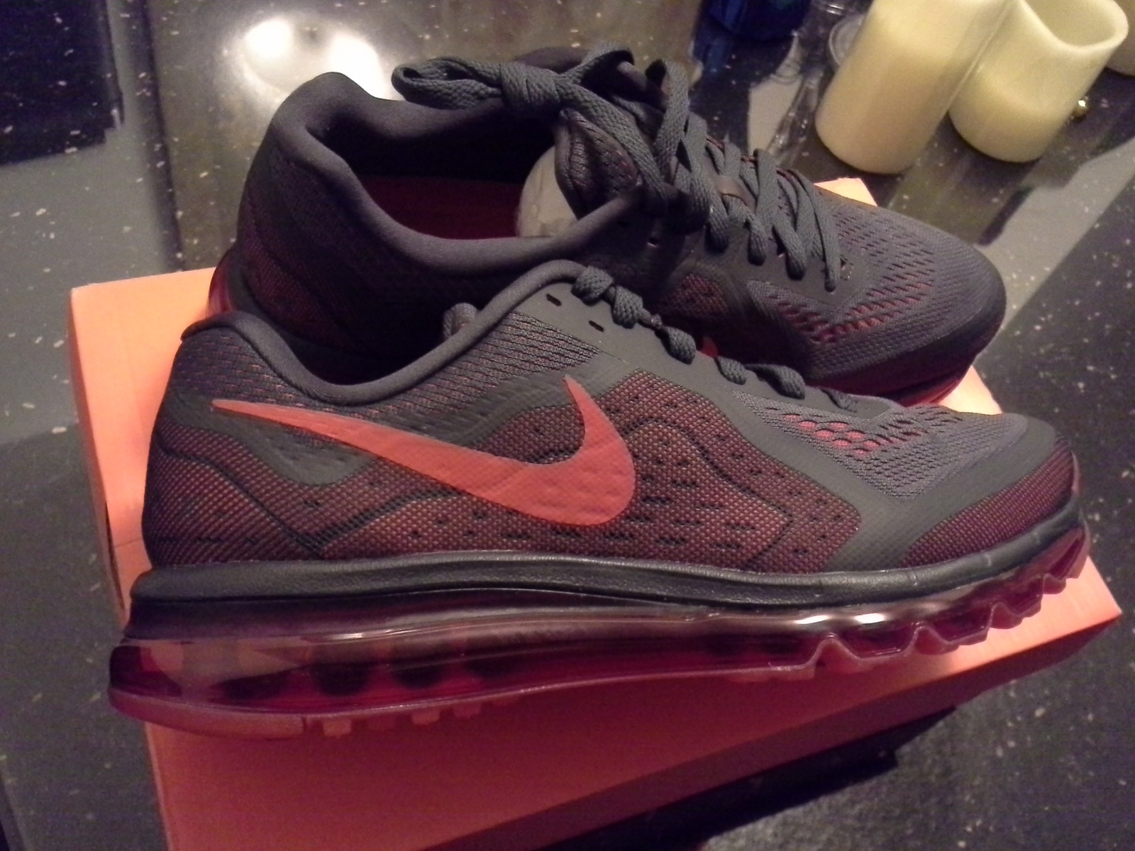 Primary image for NEW! NIKE AIR MAX 2014 ANTHRACITE CRIMSON RED RUNNING SHOES NEW