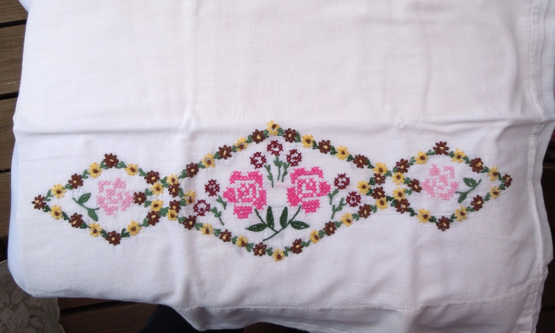 "Primary image for Set of 2 Vintage Embroidered Cotton Pillowcases - Approximately 18"" x 31""  #4061"