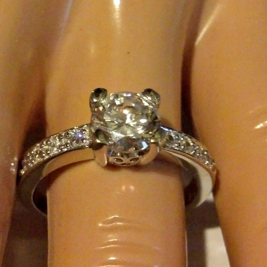Primary image for Sterling Silver ring size 8 CZ Round cut Engagement Wedding Bridal New 925 r48