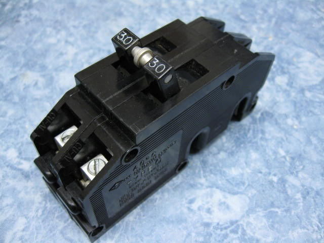 Zinsco 2 Pole 100 Amp Sylvania Q Breaker GTE