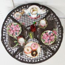 Dollhouse Filled Wire Table 1.808/7 Garden Rose Porcelain Reutter Miniature - $67.16