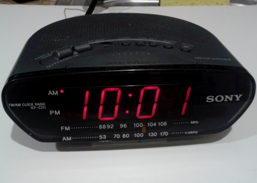 Primary image for Radio clock alarm SONY AM FM