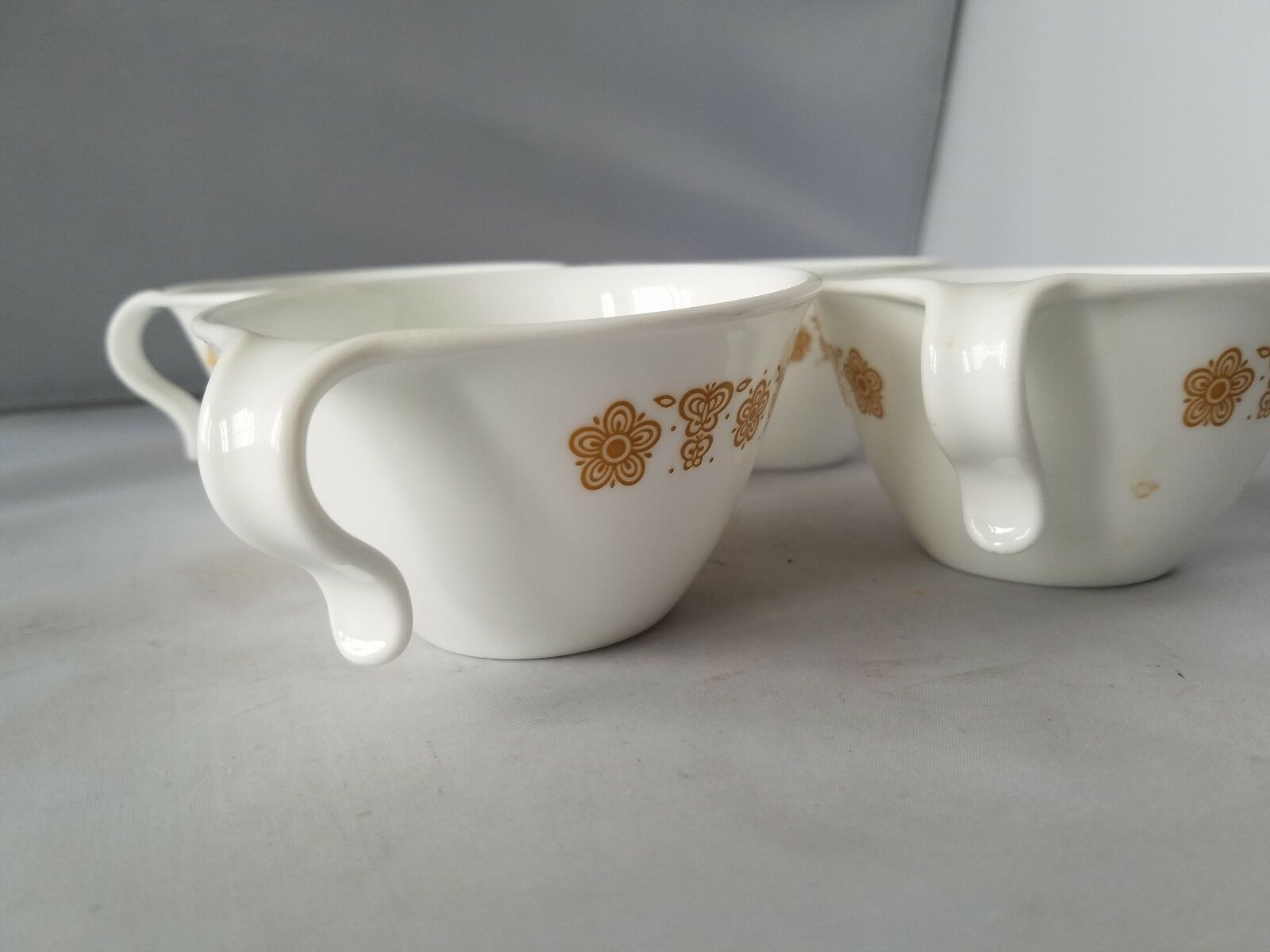 Corelle Corning Ware Teacup Hook Handle Set 2 Tea Cups Butterfly Gold Pattern 4""