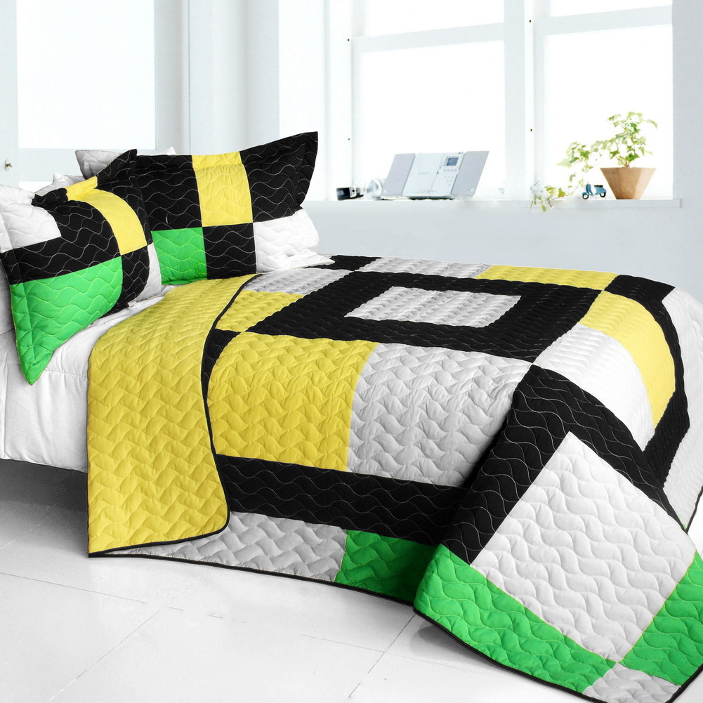 Primary image for [Life Force] Brand New Vermicelli-Quilted Patchwork Quilt Set Full/Queen
