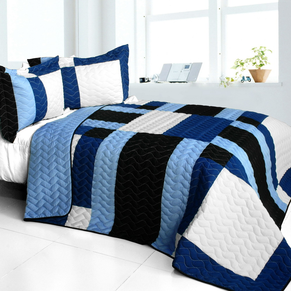Primary image for [Deep Thought] Brand New Vermicelli-Quilted Patchwork Quilt Set Full/Queen