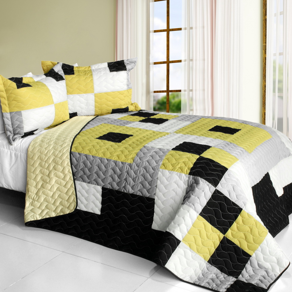Primary image for [Bee's Garden] Brand New Vermicelli-Quilted Patchwork Quilt Set Full/Queen