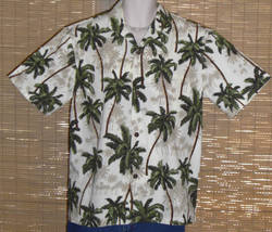 Royal Creations Hawaiian Shirt Palm Design White Green Medium - $21.99