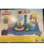 Play-Doh Rainbow Cake Party Set W/9 Cans Of Play-Doh  - $20.37
