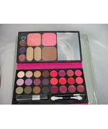 Skinn by Dimitri James ShowStopper Talc Free Palette for eyes, face & lips - $15.50