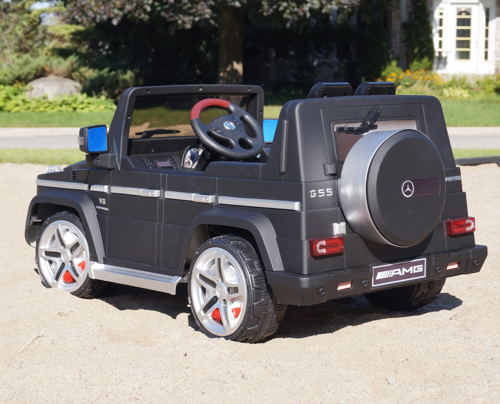Mercedes benz g55 amg 2 seat kids ride on battery powered for Mercedes benz 2 seater cars
