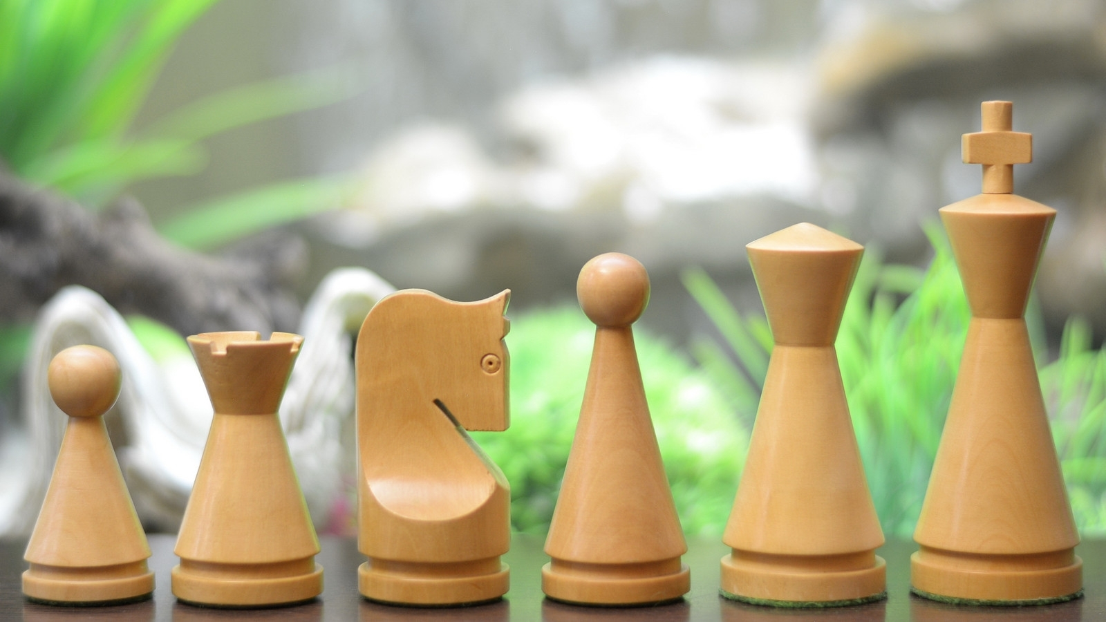 """Moghul Century Weighted Chess Pieces in Sheesham/Box Wood - 4.09"""" SKU: M0037"""