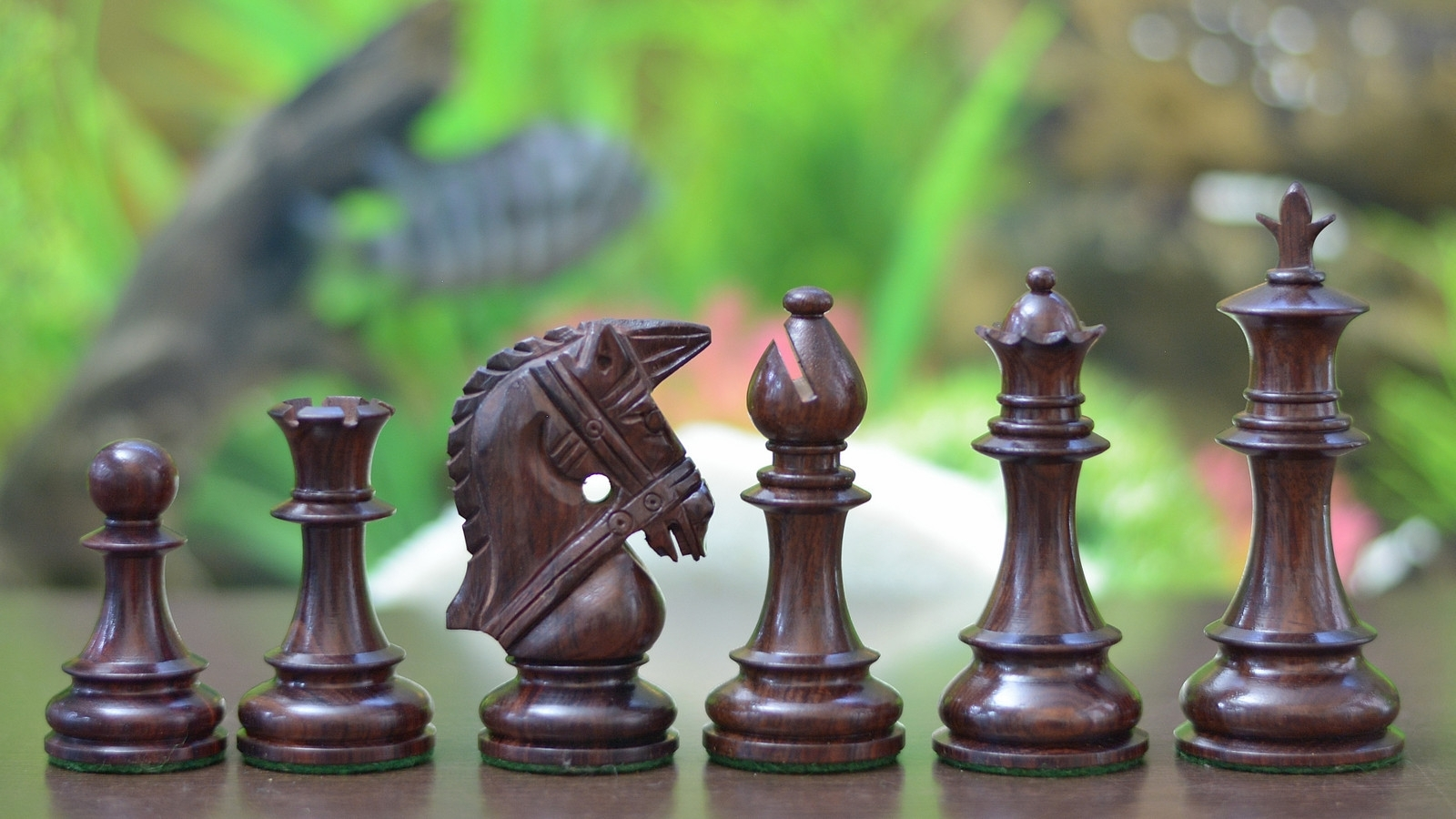 """Bridle Series Wooden Chess Pieces in Rose & Box Wood - 4.0"""" King - SKU: M0056"""