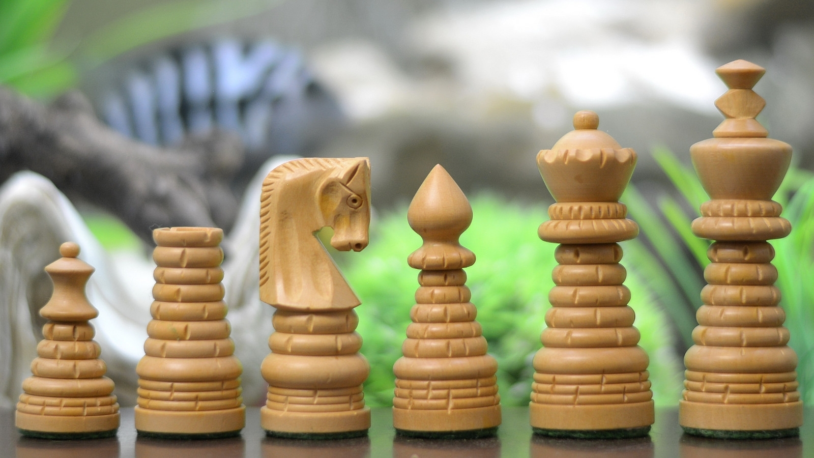 "Moghul Century Brick Design Chess Pieces in Sheesham/Box Wood - 3.3"" King- M0029"