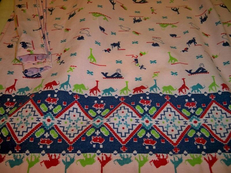SALE! Vintage 1960s Animal Print Apron Giraffes Elephants Lions Camels Whales