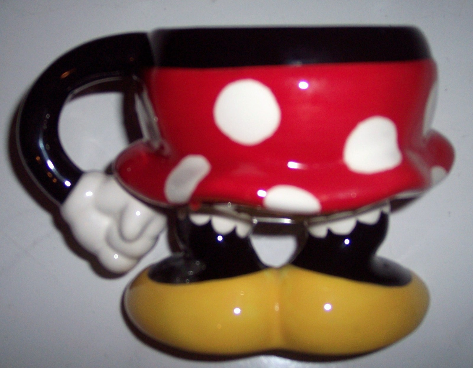 Authentic Disney Theme Park Minnie Mouse Colorful Collectible Body Coffee Mug