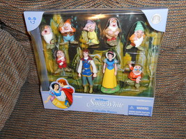 Disney Princess Snow White Figurines Disney Parks Exclusive - $25.00