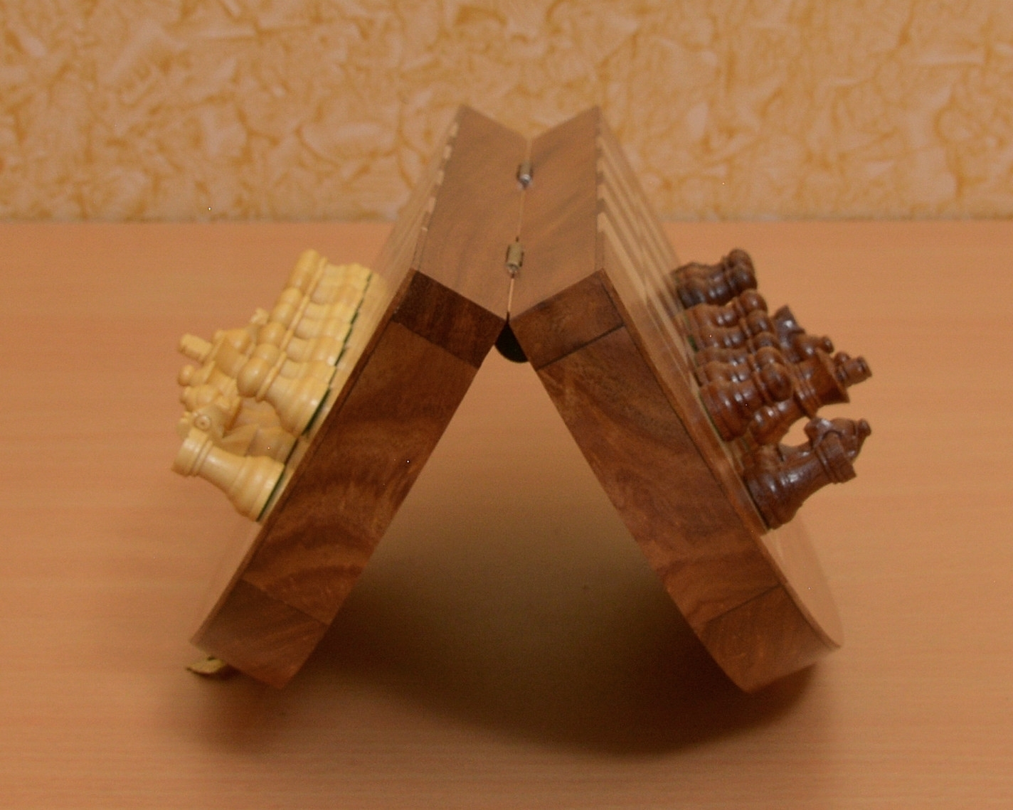 Travel Series Folding Magnetic Round Shape Chess Set In Sheesham wood-SKU: M0007
