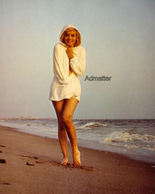 MARILYN MONROE PINUP POSTER SIZZLING BEACH PHOTO ART SEXY DIRTY MUDDY LE... - $9.89