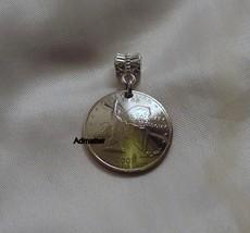 2001 Vermont Quarter 3 D Pendant Charm Camels Hump Mountain Maple Syrup Coin Art - $12.86