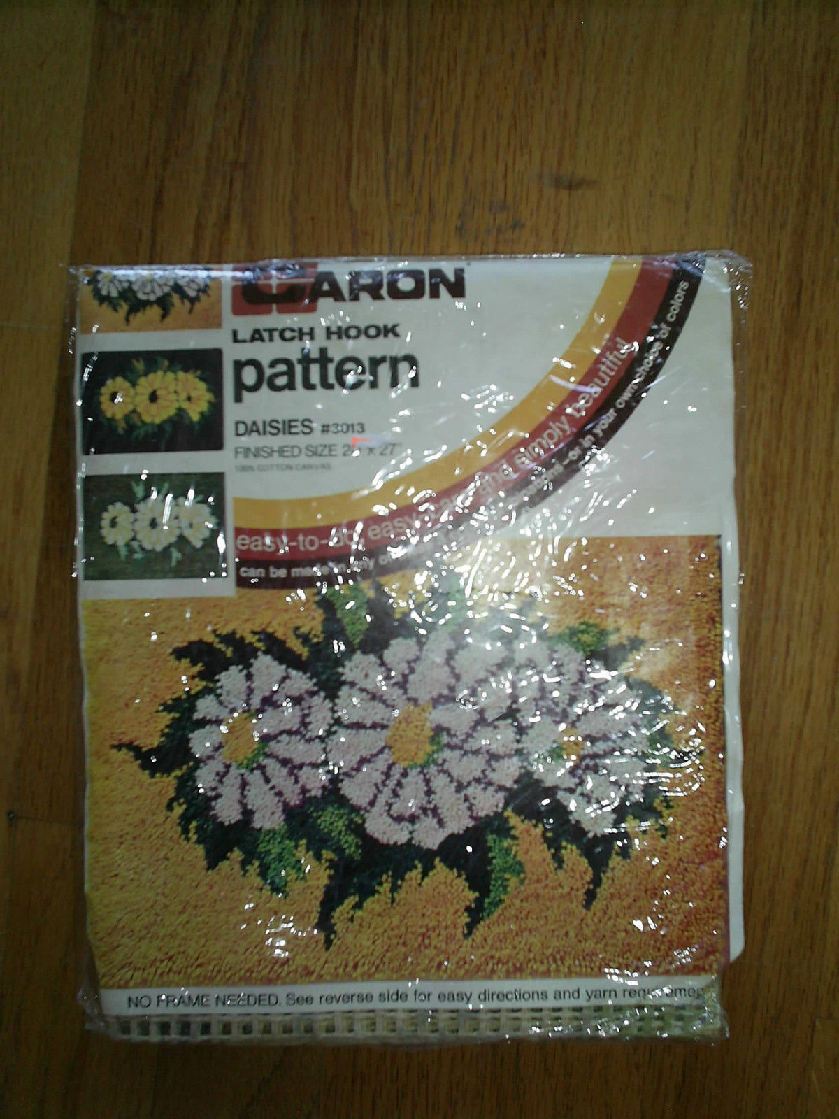 "Vintage Caron Latch Hook Rug Canvas Pattern Diasies 3013 Floral 20x27"" Sealed - $8.90"
