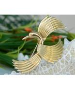 Vintage Krementz Bird Flight Figural Pin Brooch Gold Signed - $24.95