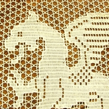 The white dragon in filet crochet closeup head top left img 3653 af 862x 96 thumb200