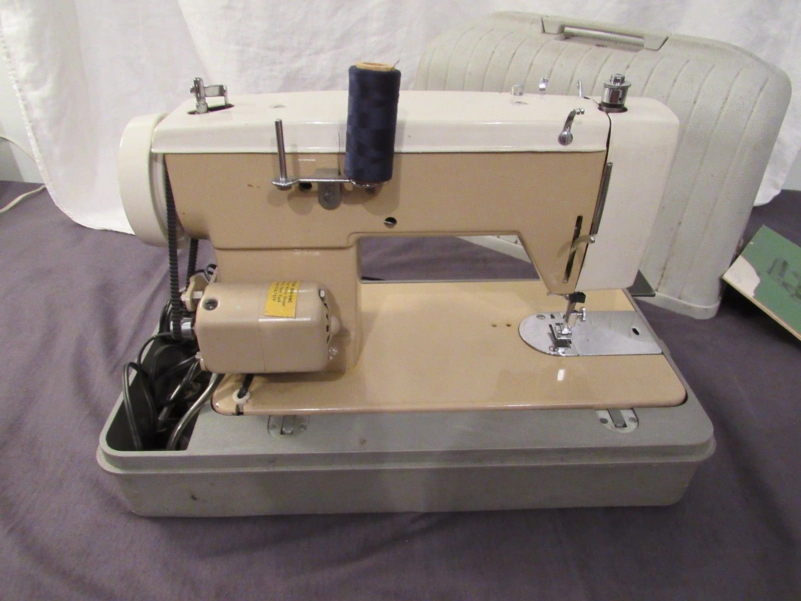 Vintage Visetti 76 Zig Zag Sewing Machine Manual & Hard Case