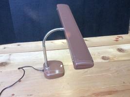 Vintage 60's-70's UL(Underwriters Lab) 1 Fluorescent Light Portable Desk... - $13.98