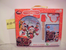 Disney Cookies for Santa Kit Plate, Spatula ,Cookie Cutter & mix New - $12.99
