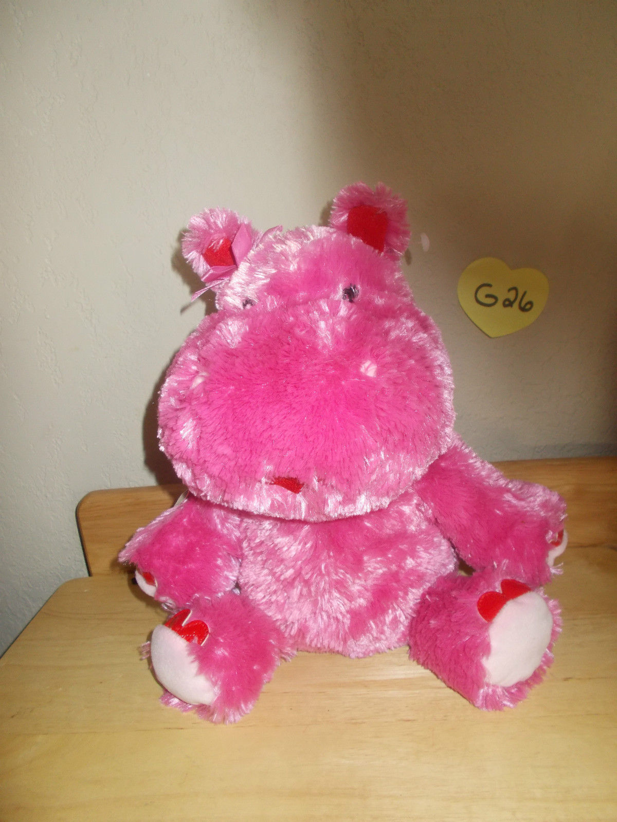 Hallmark Valentines Lola, Talking Ear wiggling Hippo Animated Motionette, NWT