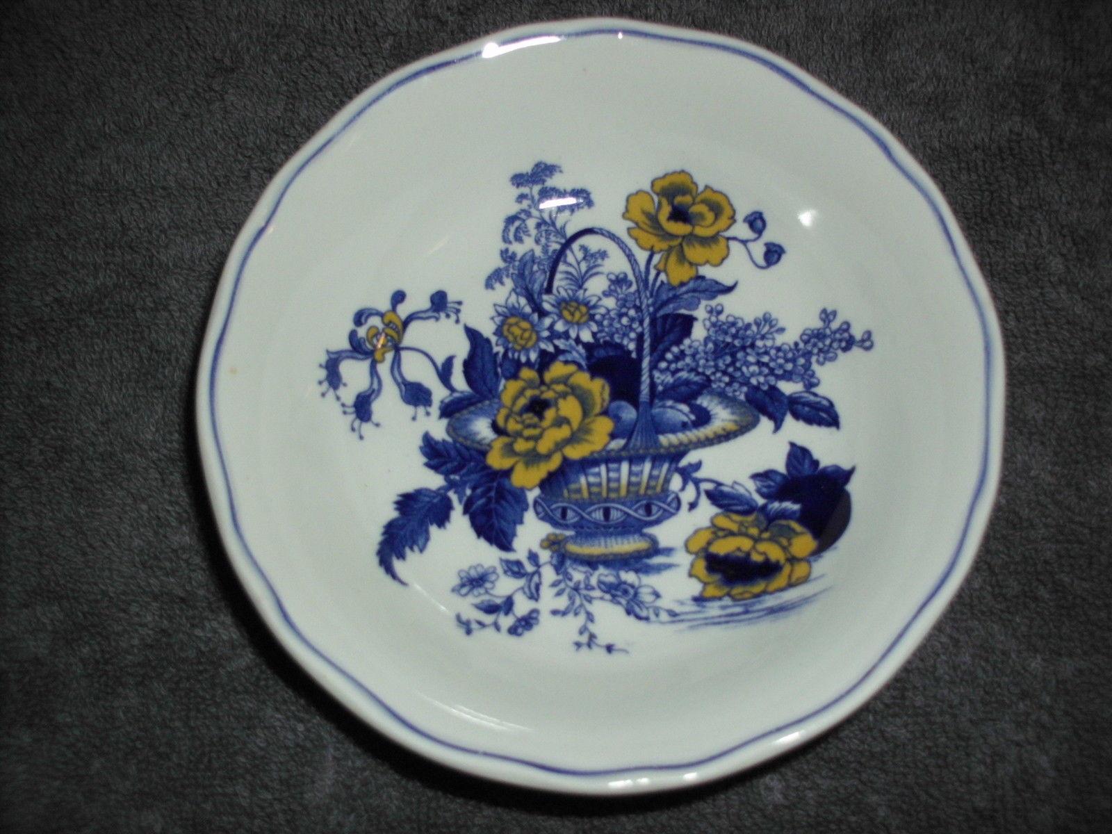 Enoch Wedgwood (Tunstall) Ltd Surrey Fruit Bowl