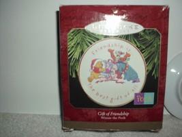 Hallmark keepsake Winnie the Pooh Friendship Collectors plate 1997 - $12.99