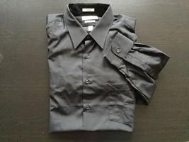 Van Heusen Men's Button-Front Shirt Black SZ M 16 32/33 - $18.61
