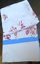 Vintage Tablecloth MidCentury Heavy Cotton or Blend Floral Pattern #4752 - $17.99