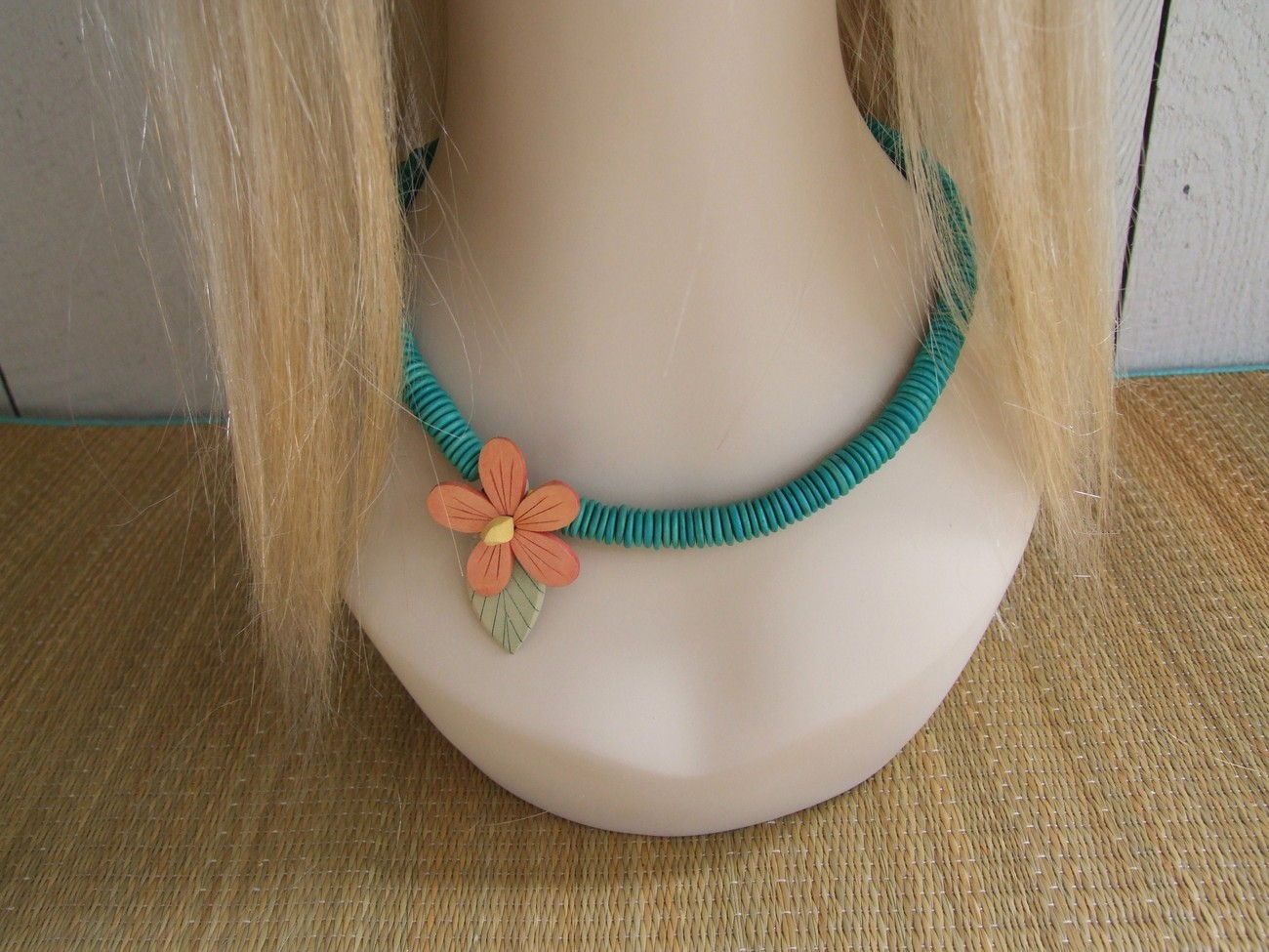Primary image for Turqouise Flat Wood Beads With Peach Stained Flower Vintage Necklace