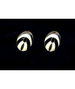 Vintage Emameled Black And White Oval  Pierced  Earrings - $10.00