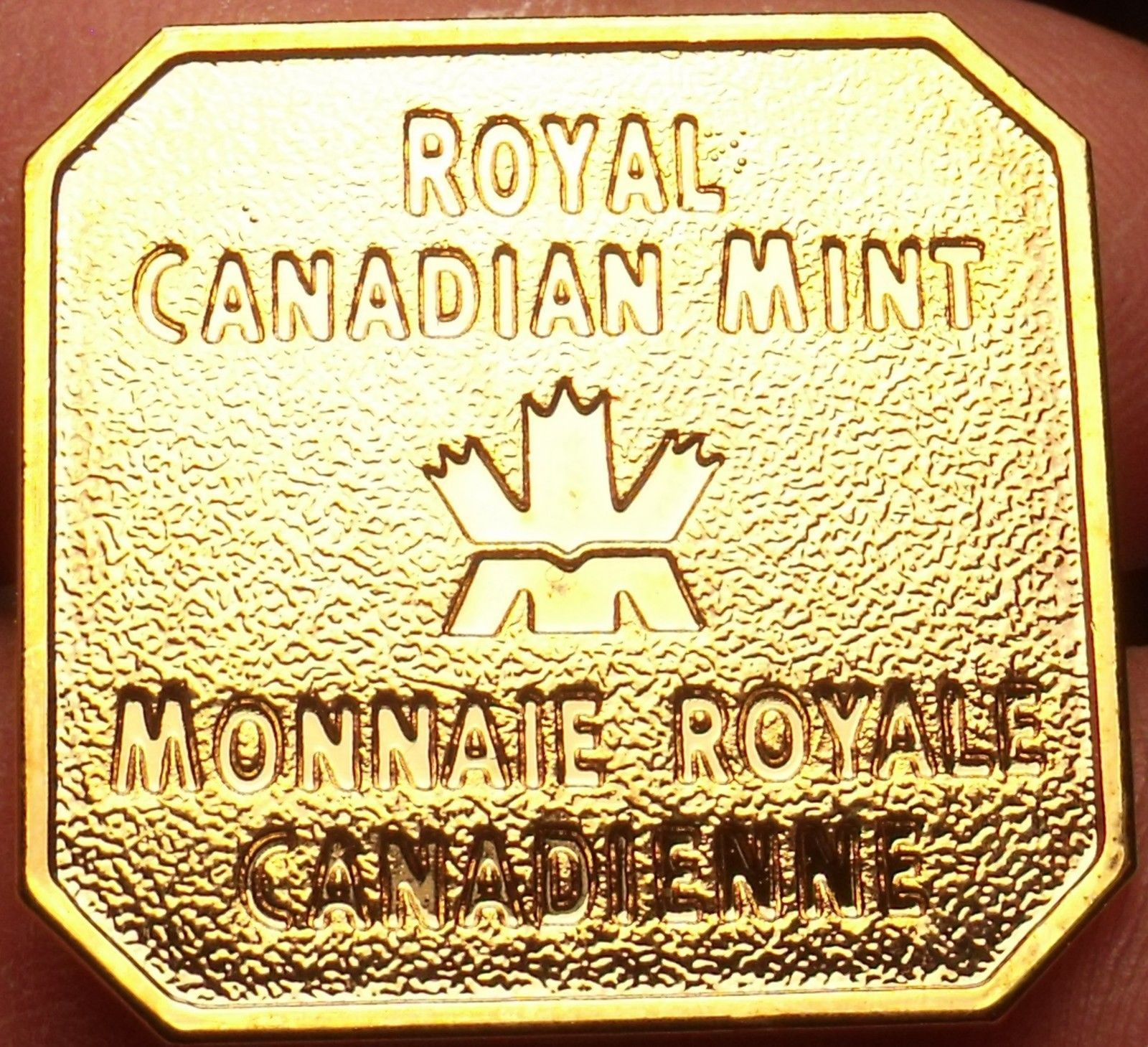 Primary image for Royal Canadian Mint Uncirculated Medallion~Bendable Clips On The Back~Fr/Ship