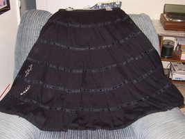 "N.  DIRECTION - SKIRT - SIZE ""M"" - BLACK -100% COTTON - HALF LINED - DEC... - $7.99"