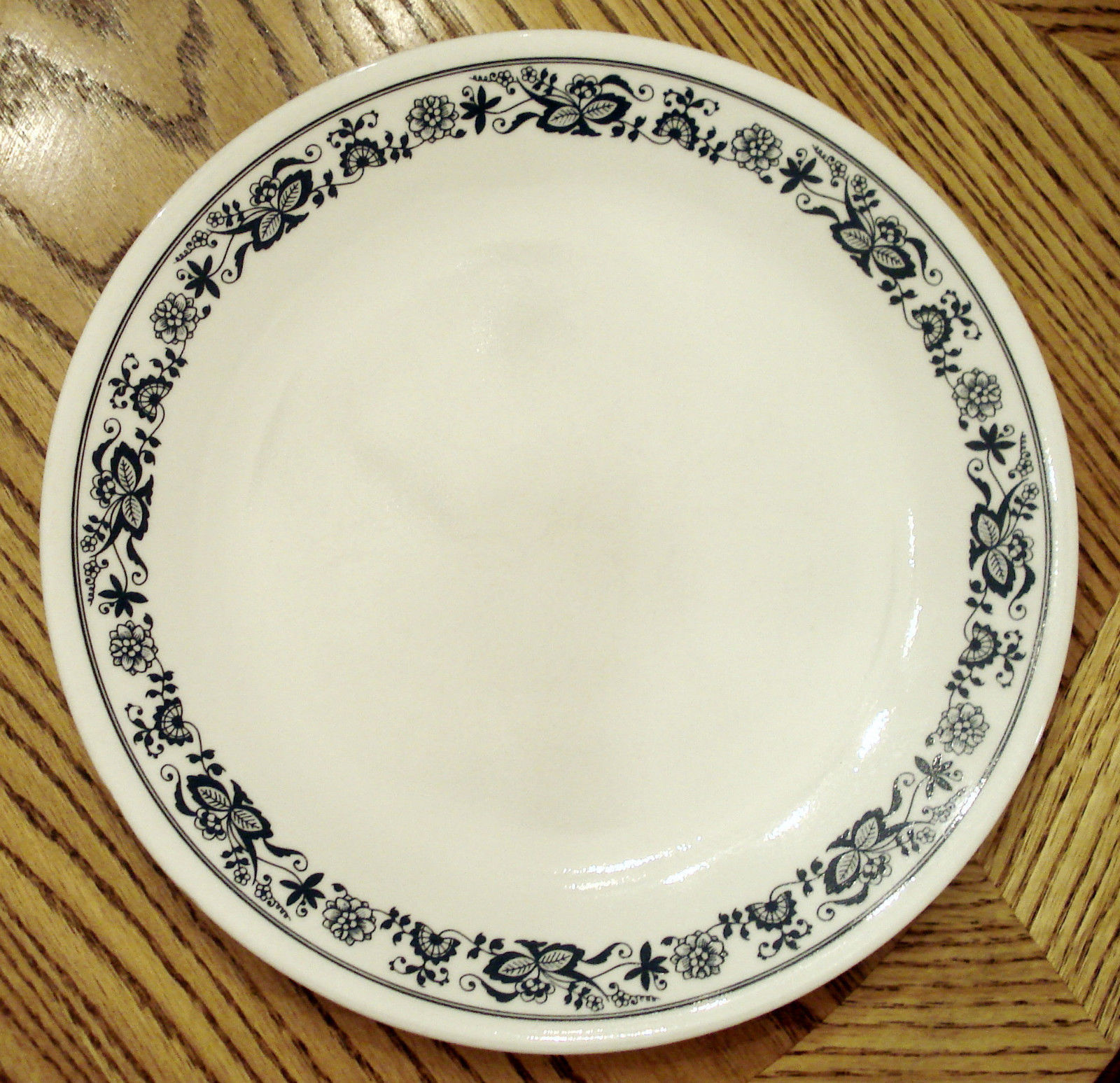 1979 Vintage CORNING WARE CORELLE Livingware OLD TOWN Blue Onion DINNER PLATE - $17.77  sc 1 st  Bonanza & Corelle Dinner Plate: 5 customer reviews and 46 listings