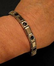 ✿ Nice Stretch Bracelet Faux ONYX Silver Tone Elastic Metal Link Fashion... - $8.85