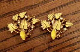 VINTAGE Un Signed CLIP ON EARRINGS Yellow Leaves w Rhinestones - $19.75