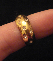 Nos 1980s Vintage Gold Plated Rhinestone Embedded Band Ring Sz 7 Classic - $19.75