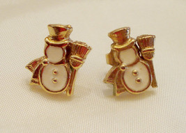 ✿ Winter Snowman Pierced Earrings Dainty with Hypo Allergenic Posts 1/2 ... - $15.83