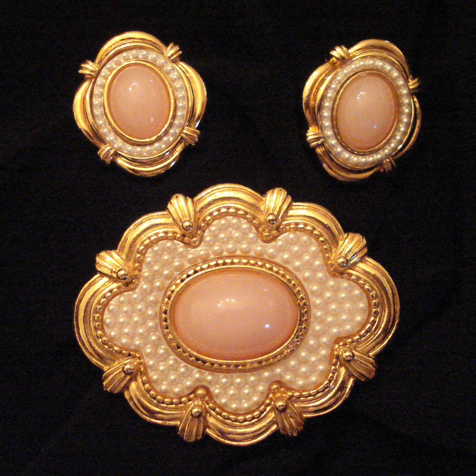 Primary image for NIB Vintage VICTORIAN Style Seed Pearl Textured Faux Coral Pin BROOCH & EARRINGS