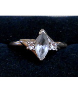 EUC Vintage Cocktail Ring Silver Tone with Ice Blue Marquise & Rhineston... - $24.70
